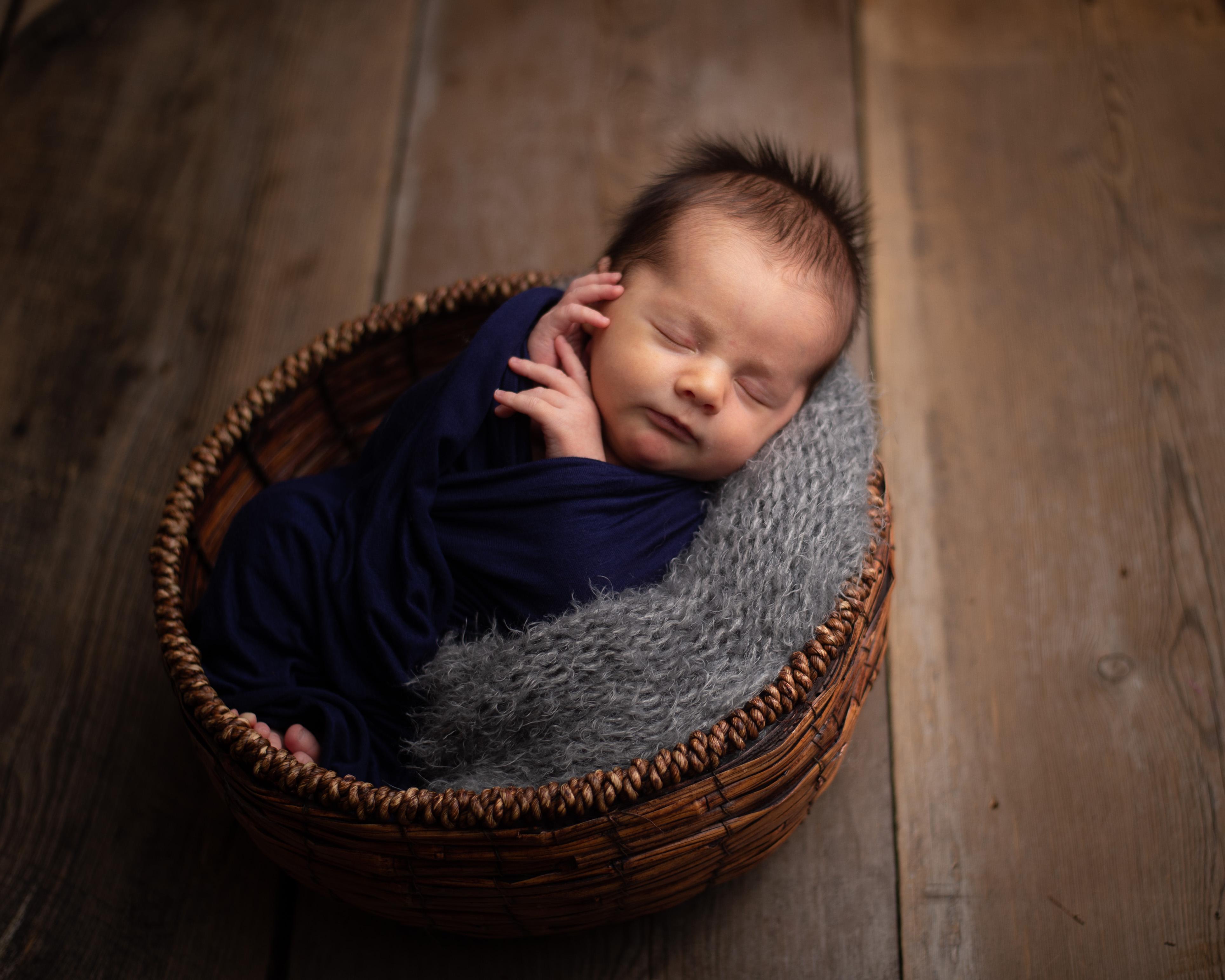 040 Knox Newborn.jpg